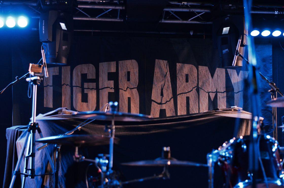 Tiger Army, Andead, Evil Devil - Bloom, Mezzago