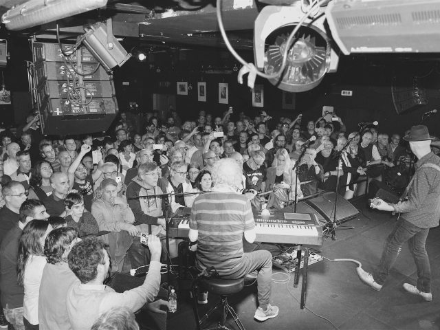 Ian Hunter & The Rant Band - Bloom, Mezzago